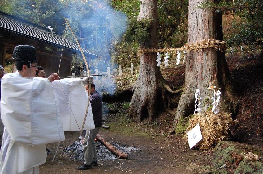 【穢れを祓う麻】日本各地の祭りに見る麻